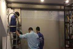 Dịch vụ sửa cửa kêu phát tiếng rít khi vận hành